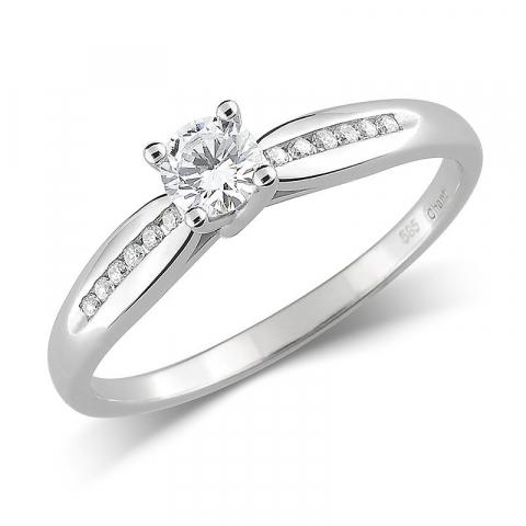 Elegant vacker zirkon ring i 14 karat vitguld