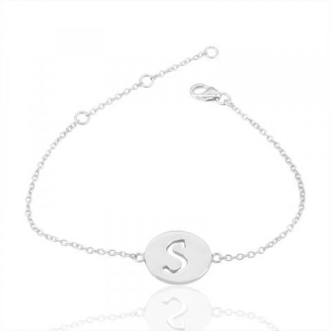 bokstav s armband i silver med hängen i silver