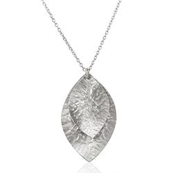 Blad halsband i silver med hängen i silver