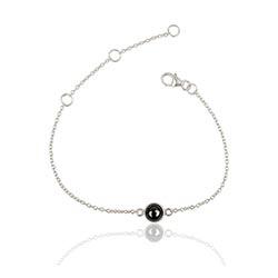 Runt armband i silver med hängen i silver