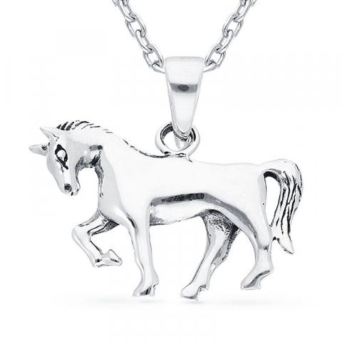 Fint hästar hängen i silver
