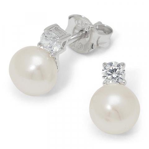 Vackra pärla örhängestift i silver